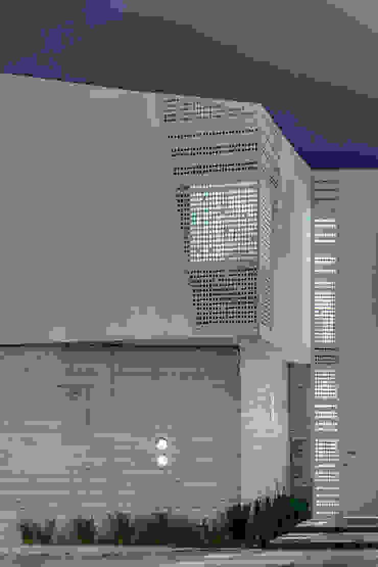 Fachada Ten House Casas minimalistas de Taller ADC Architecture Office Minimalista