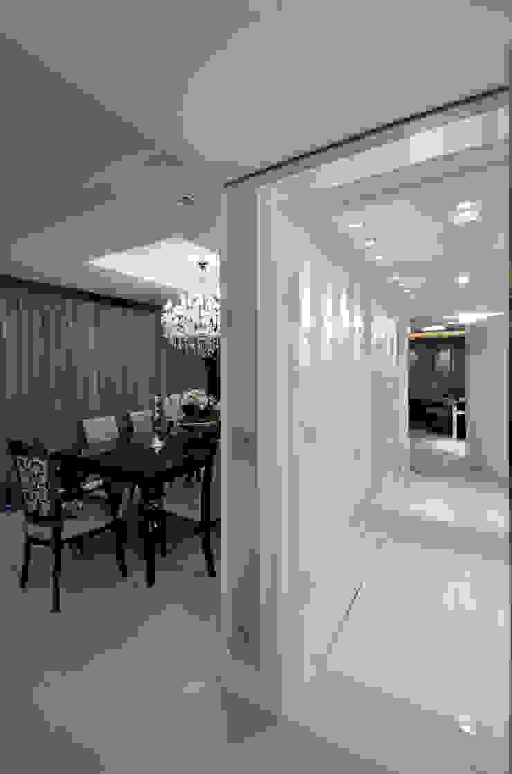 Apartamento Bela Vista Francisco Humberto Franck Corredores, halls e escadas modernos