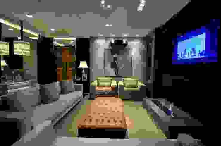 Sala de Estar Home Theater Salas de estar clássicas por Francisco Humberto Franck Clássico