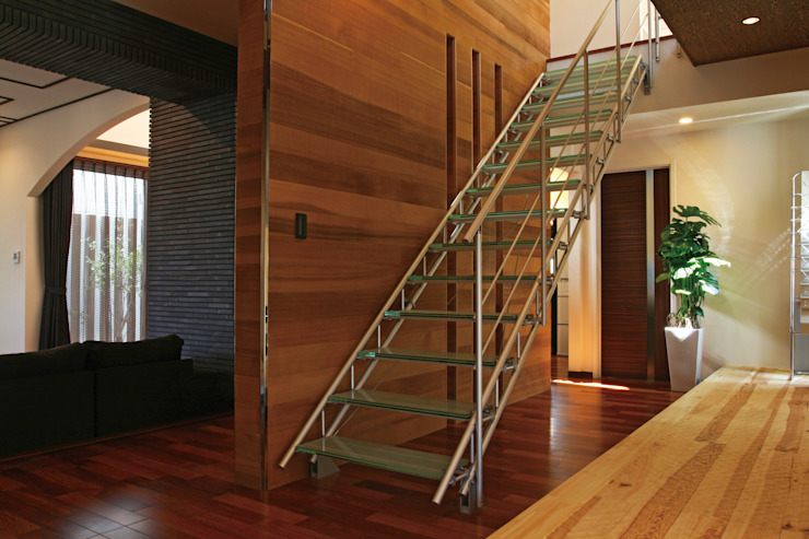 Morita Aluminum Industry, INC. Corredores, halls e escadas minimalistas