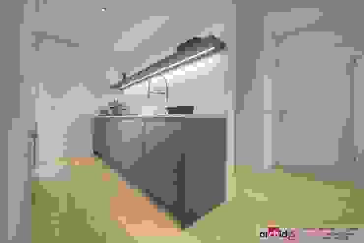 Ristrutturazione appartamento di vacanza Cucina minimalista di Archidé SA interior design Minimalista