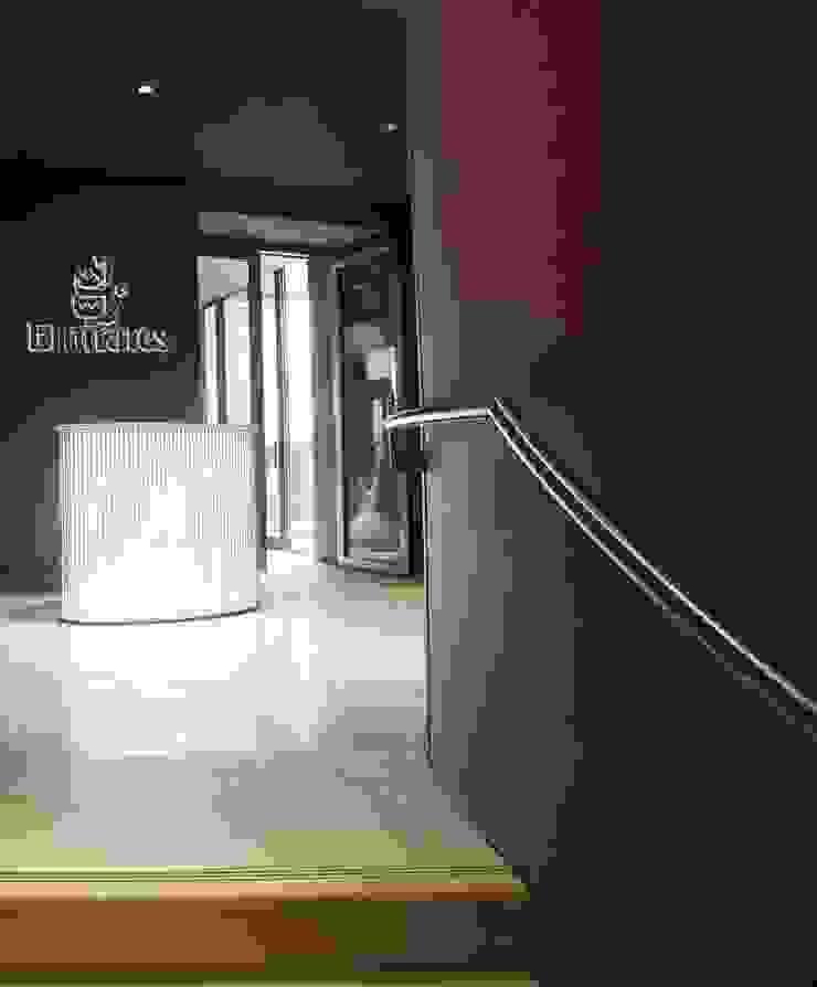 UAE Pavilion, LED Railing System Gonzato Contract Minimalist exhibition centres