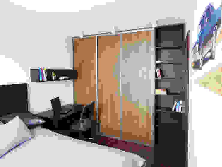 Realizacja projektu mieszkania 35m2-przed i po od Interiori Pracownia Architektury Wnętrz Nowoczesny
