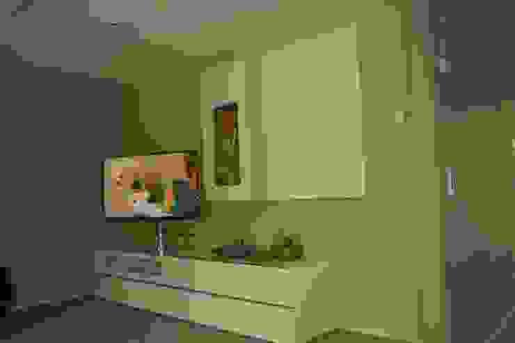 Wohnraum / Bild 1 Moderne Wohnzimmer von Karl Bachl GmbH & Co. KG Modern