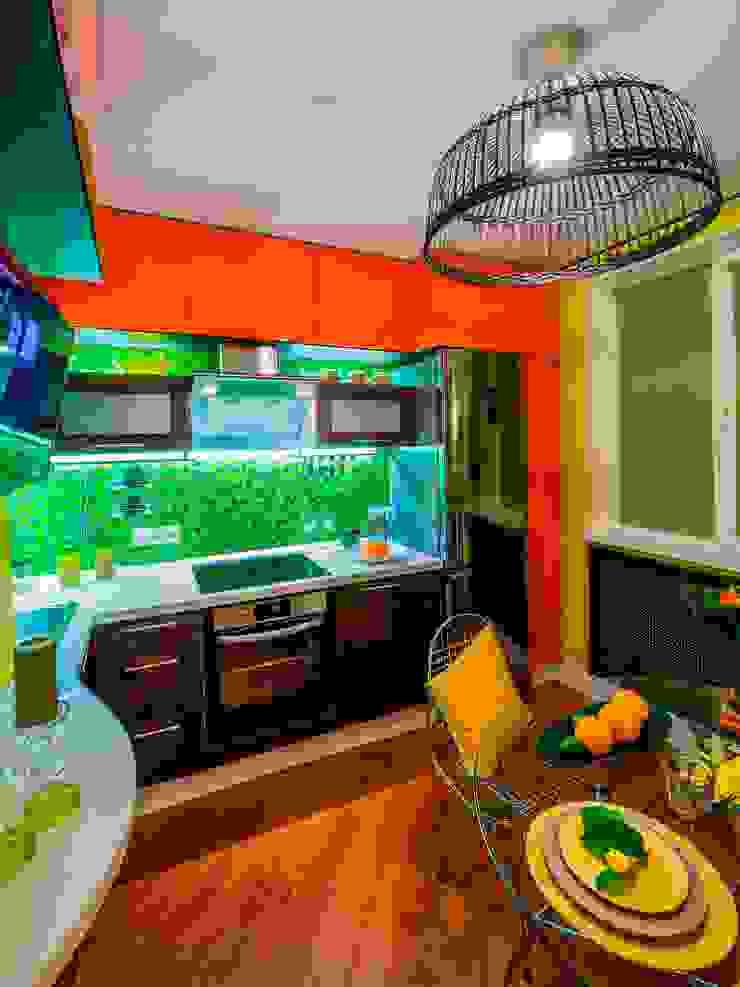 """Яркая кухня в стиле """"РИО"""":  в современный. Автор – Сделано со вкусом на ТНТ, Модерн"""