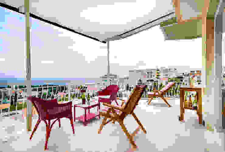 Terrazza Balcone, Veranda & Terrazza in stile minimalista di Filippo Fassio Architetto Minimalista
