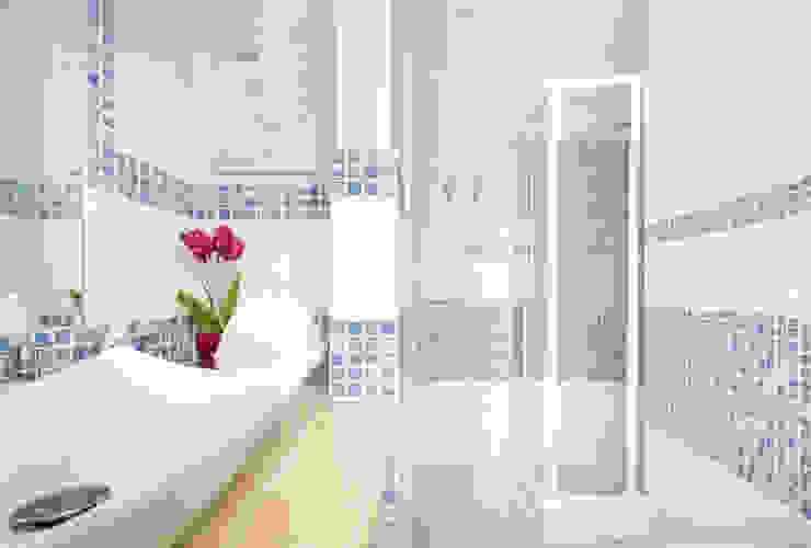 حمام تنفيذ Filippo Fassio Architetto, تبسيطي