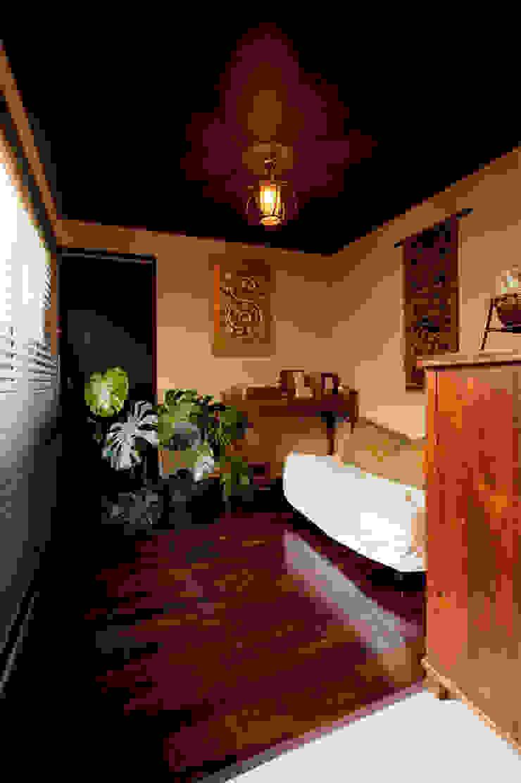bed room: 株式会社スタイル工房が手掛けたアジア人です。,和風