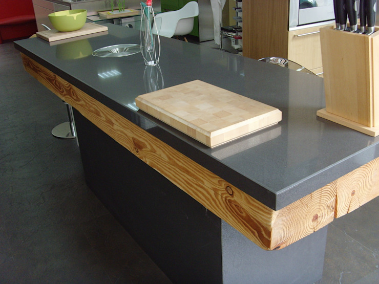 Kitchen by Lumber Cocinas,