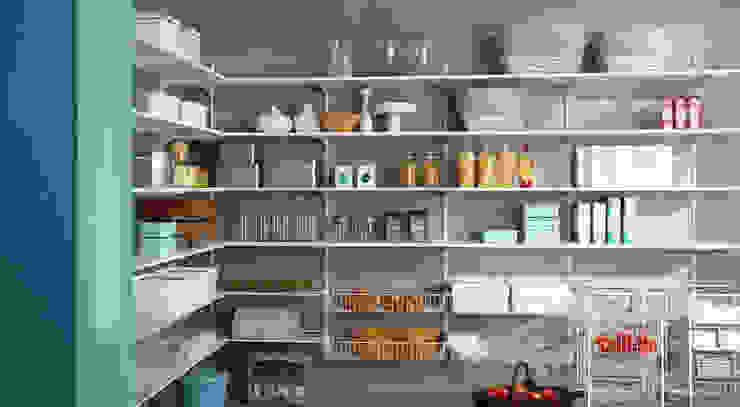 インダストリアルデザインの キッチン の Regalraum GmbH インダストリアル