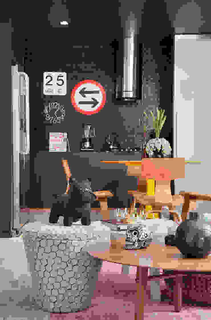 VF apartment Salas de jantar modernas por Studio ro+ca Moderno