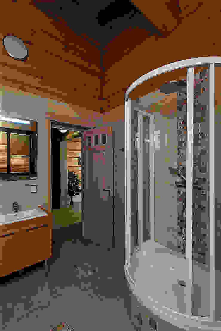 Дом Ванная комната в рустикальном стиле от Николай Карачев Рустикальный