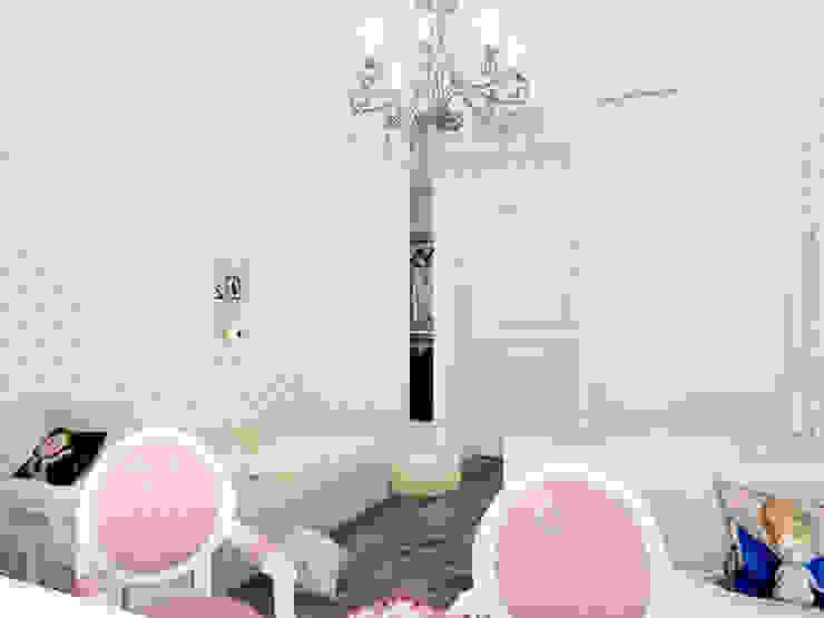 Квартира в ЖК <q>Парадный квартал</q> Детские комната в эклектичном стиле от Студия дизайна интерьера Маши Марченко Эклектичный