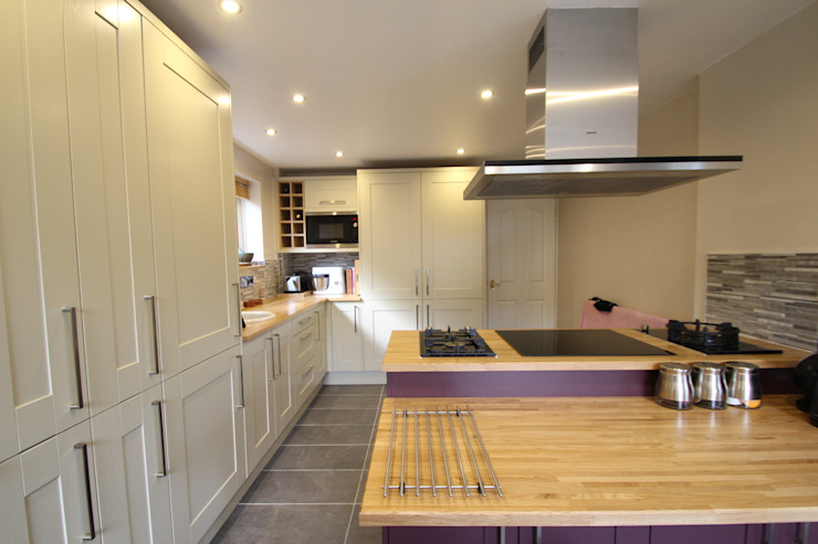 Mackintosh Traditional Kitchen Classic style kitchen by AD3 Design Limited Classic