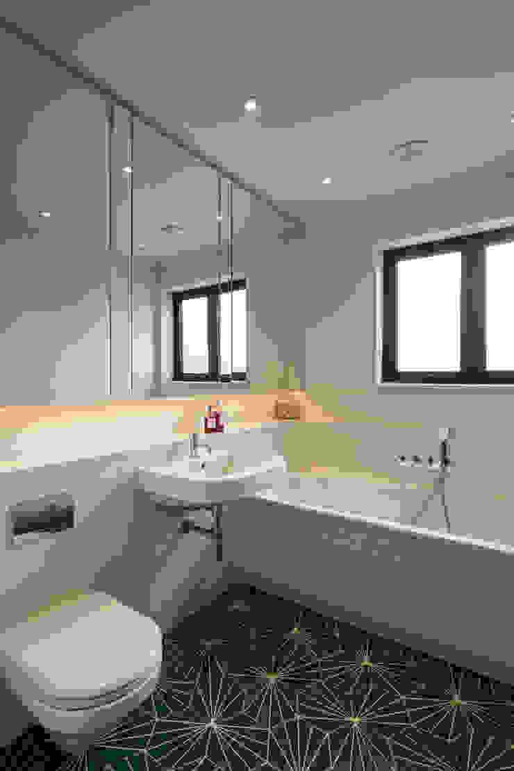Muswell Hill House 1, London N10 Jones Associates Architects 現代浴室設計點子、靈感&圖片