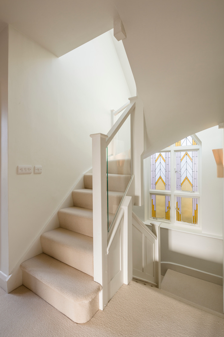 Muswell Hill House 1, London N10 Modern Corridor, Hallway and Staircase by Jones Associates Architects Modern