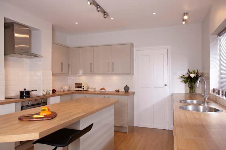 1880s refurbishment Classic style kitchen by Etons of Bath Classic
