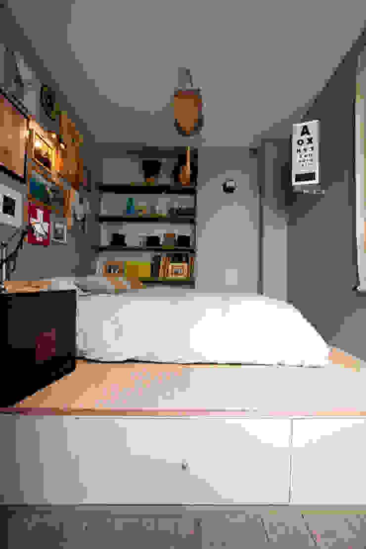 Jean-Bastien Lagrange + Interior Design Asian style bedroom