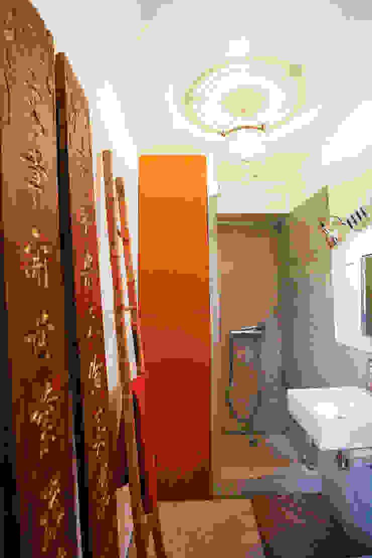 Jean-Bastien Lagrange + Interior Design Industrial style bathroom
