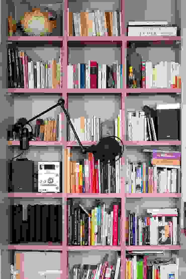 Jean-Bastien Lagrange + Interior Design Living roomShelves