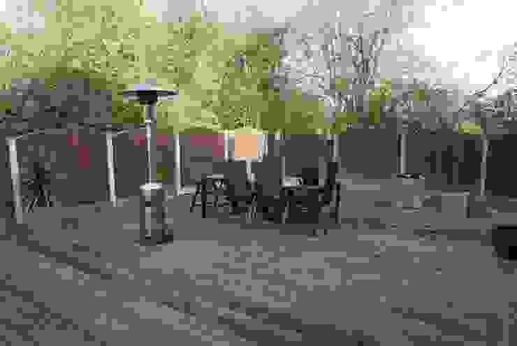 Extended living space - Manchester de Hannah Collins Garden Design Moderno
