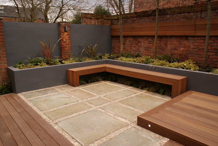 Contemporary Courtyard - Salford: modern  by Hannah Collins Garden Design, Modern