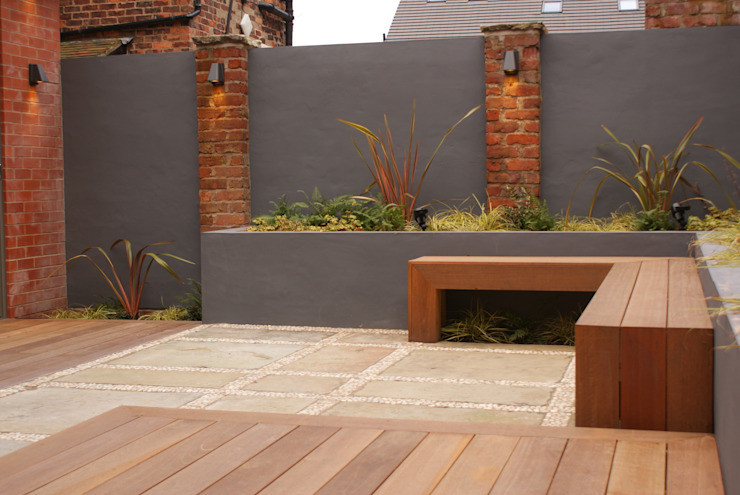 Contemporary Courtyard – Salford Hannah Collins Garden Design