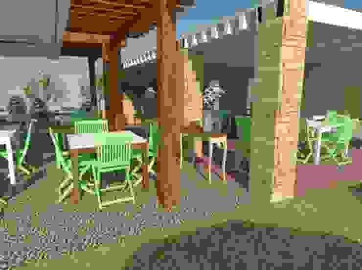 Vista zona de comedor exterior y barra 2 Gastronomía de estilo rural de Buena Pieza Interiorismo Rural