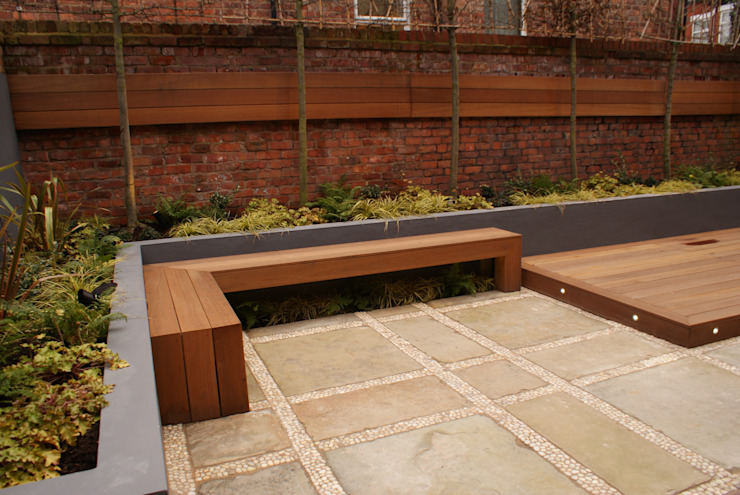 Contemporary Courtyard - Salford Hannah Collins Garden Design