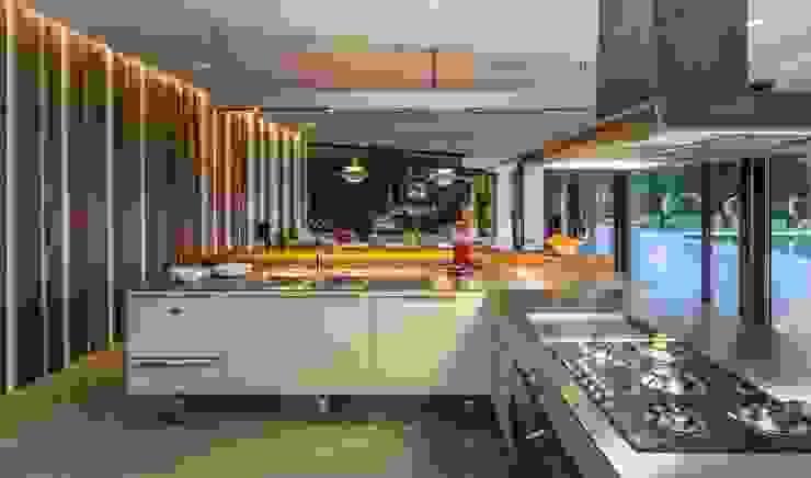 Moderne Küchen von VelezCarrascoArquitecto VCArq Modern