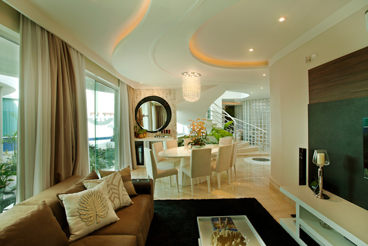 Casa Parque Salas de jantar modernas por Designer de Interiores e Paisagista Iara Kílaris Moderno