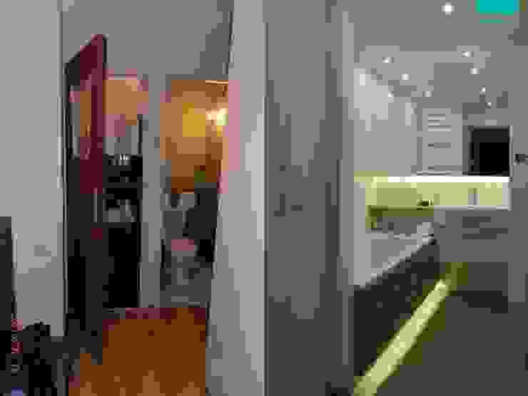 biała łazienka od abostudio Nowoczesny