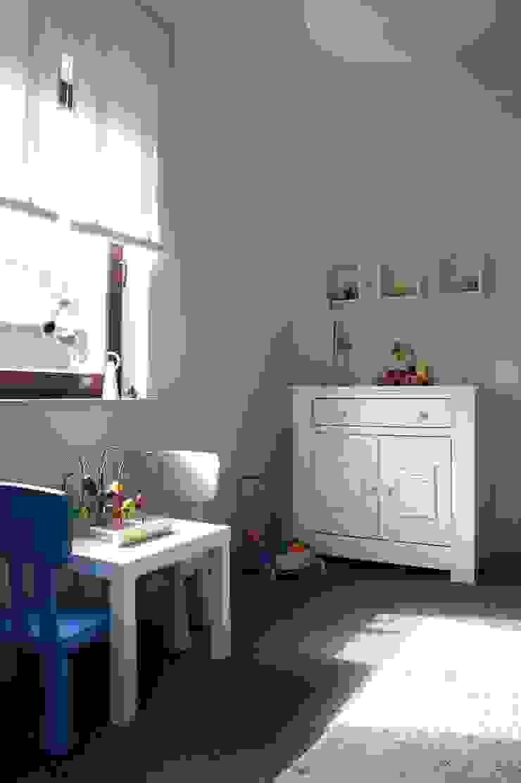 pokoje dziecięce Nowoczesny pokój dziecięcy od abostudio Nowoczesny