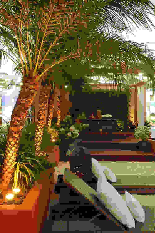 FiaFlora Expogarden   2010 Jardins rústicos por Folha Paisagismo Rústico