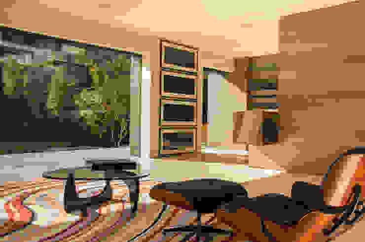 ML Residence Modern living room by Gantous Arquitectos Modern