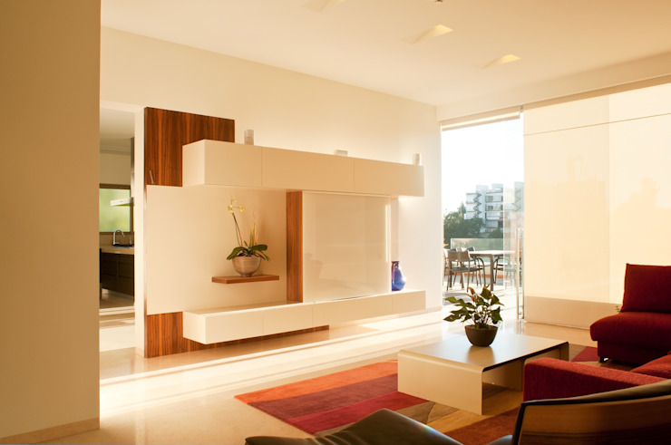 Casa AV Salones modernos de Gantous Arquitectos Moderno