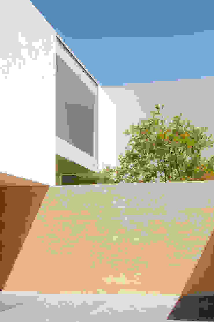 Casa SJ Casas modernas de Gantous Arquitectos Moderno