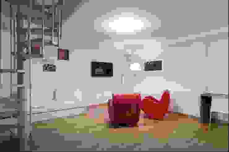 Choco Apartments Opening di PROJECT AB Minimalista