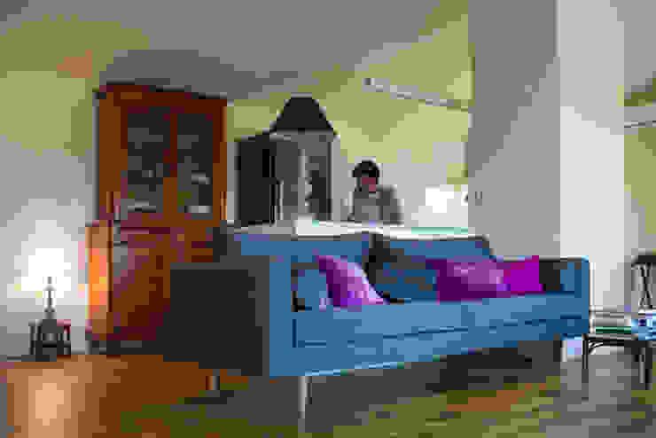 Moderne woonkamers van DMP arquitectura Modern