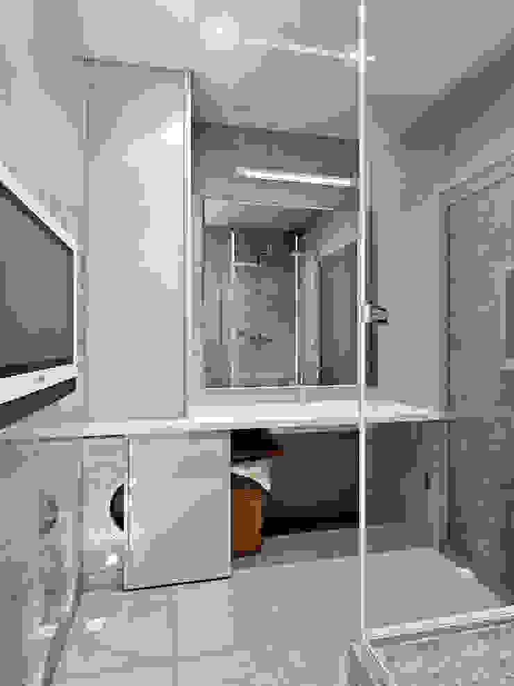 Лунный свет Ванная комната в стиле минимализм от Art Group 'Tanni' Минимализм