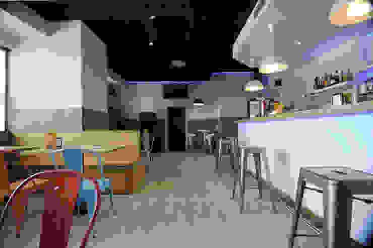 Barra después- Bares y clubs de estilo industrial de Casas a Punto home staging Industrial