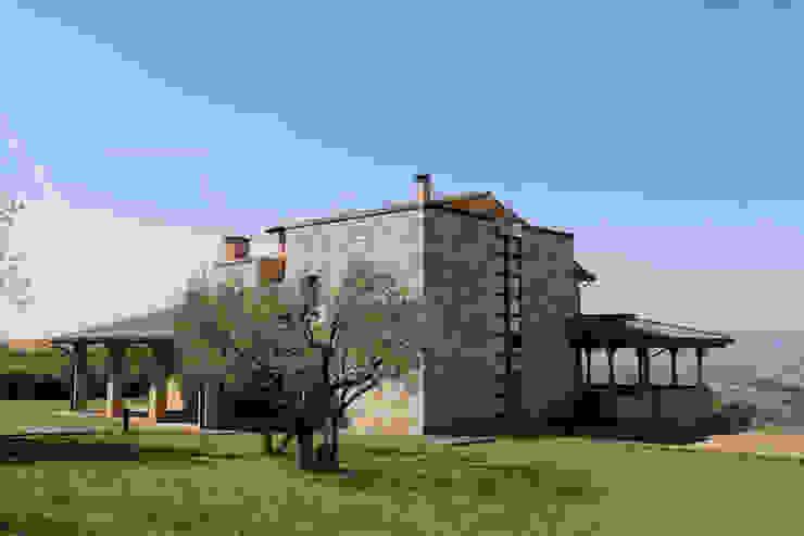 Villa in Campagna ad Assisi Casa rurale di Studio di Bioarchitettura Brozzetti Adriano Rurale