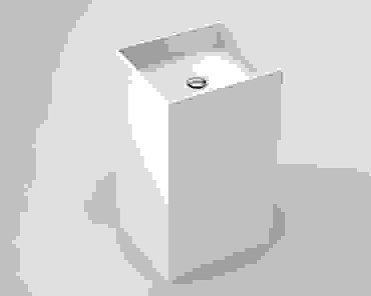 Lavabo Cube:  de estilo industrial de BATH, Industrial
