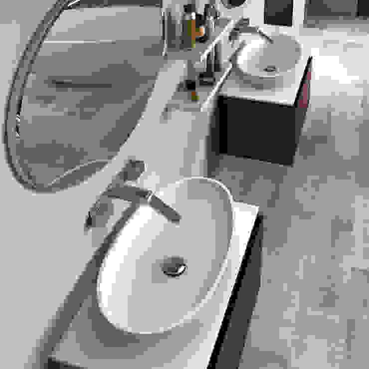 Espejo Ovalado de BATH Minimalista