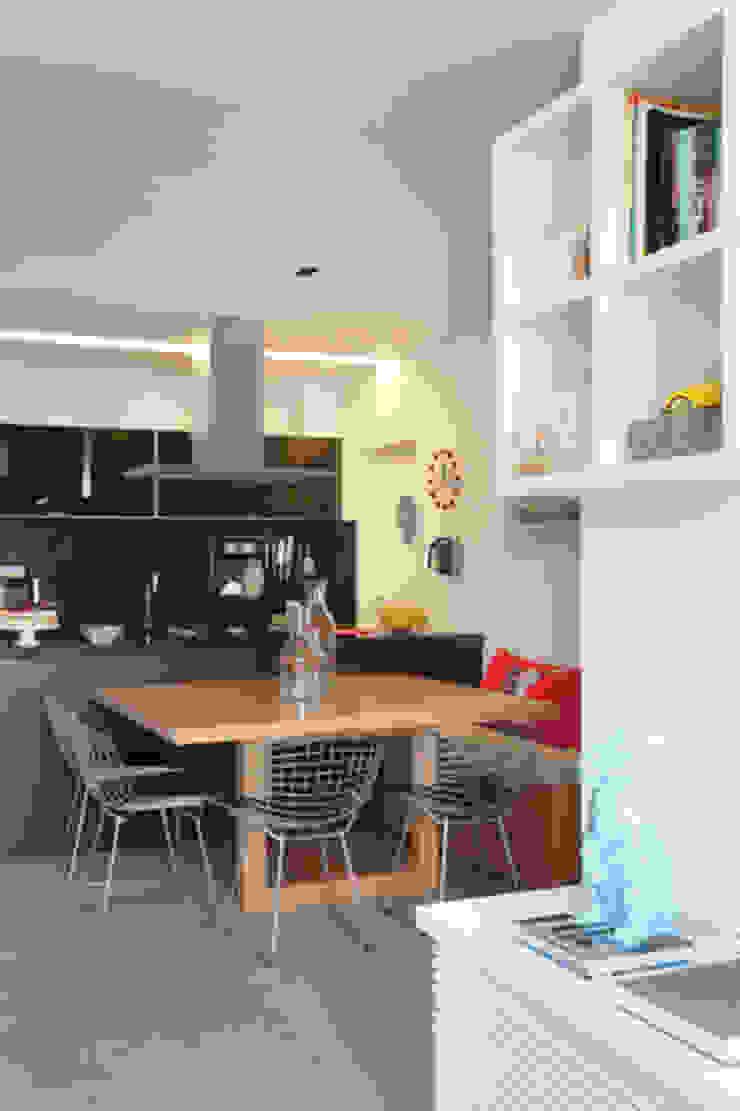 Apartamento Botafogo Salas de jantar modernas por Barbara Filgueiras arquitetura Moderno