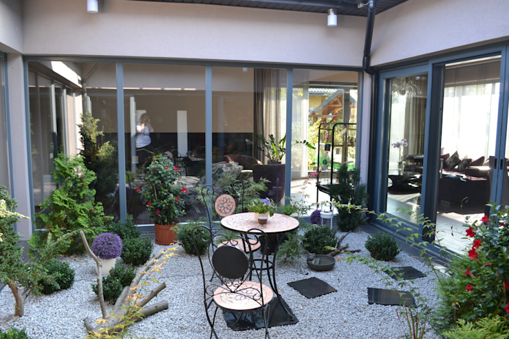 Modern Conservatory by Autorskie Studio Projektu QUBATURA Modern
