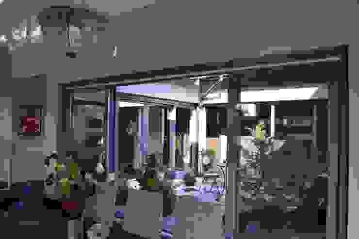 Autorskie Studio Projektu QUBATURA Modern dining room