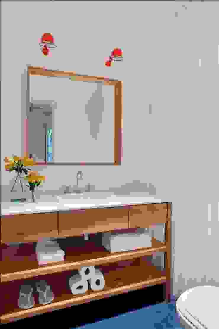 Apartamento Laranjeiras Banheiros modernos por Barbara Filgueiras arquitetura Moderno