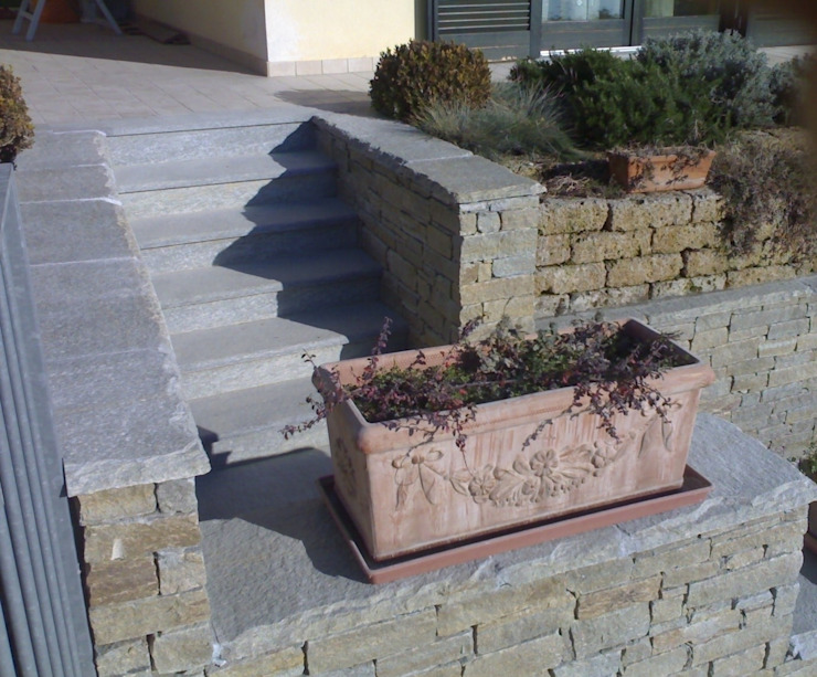 Luserna Stone Rustikaler Garten