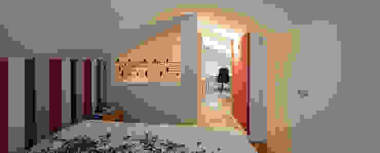 PRIBURGOS SLU Camera da letto moderna
